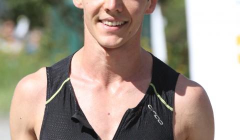 #1 Donato Campanini. Dagens snabbaste var Donato Campanini från Stockholm City Triathlon på den grymma tiden 1:02:32. Framförallt imponerades vi av hans snabba löpning, 18:03 på 5 km, med ett snitt på 3:36 min/km.